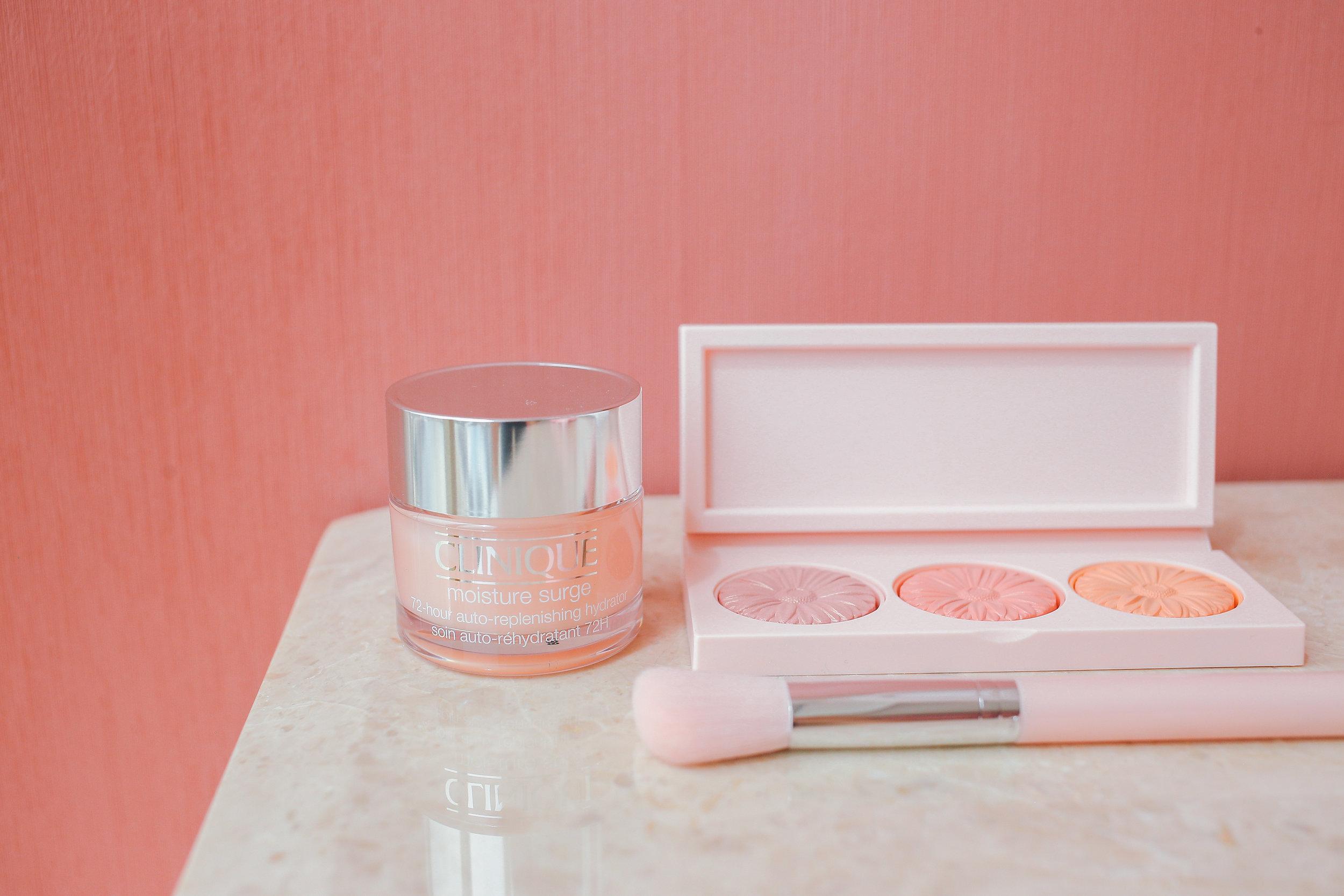 clinique-pink-oasis-philippines-moisture-surge-72-hr-auto-replenishing-hydrator-cheek-pop-2.jpg