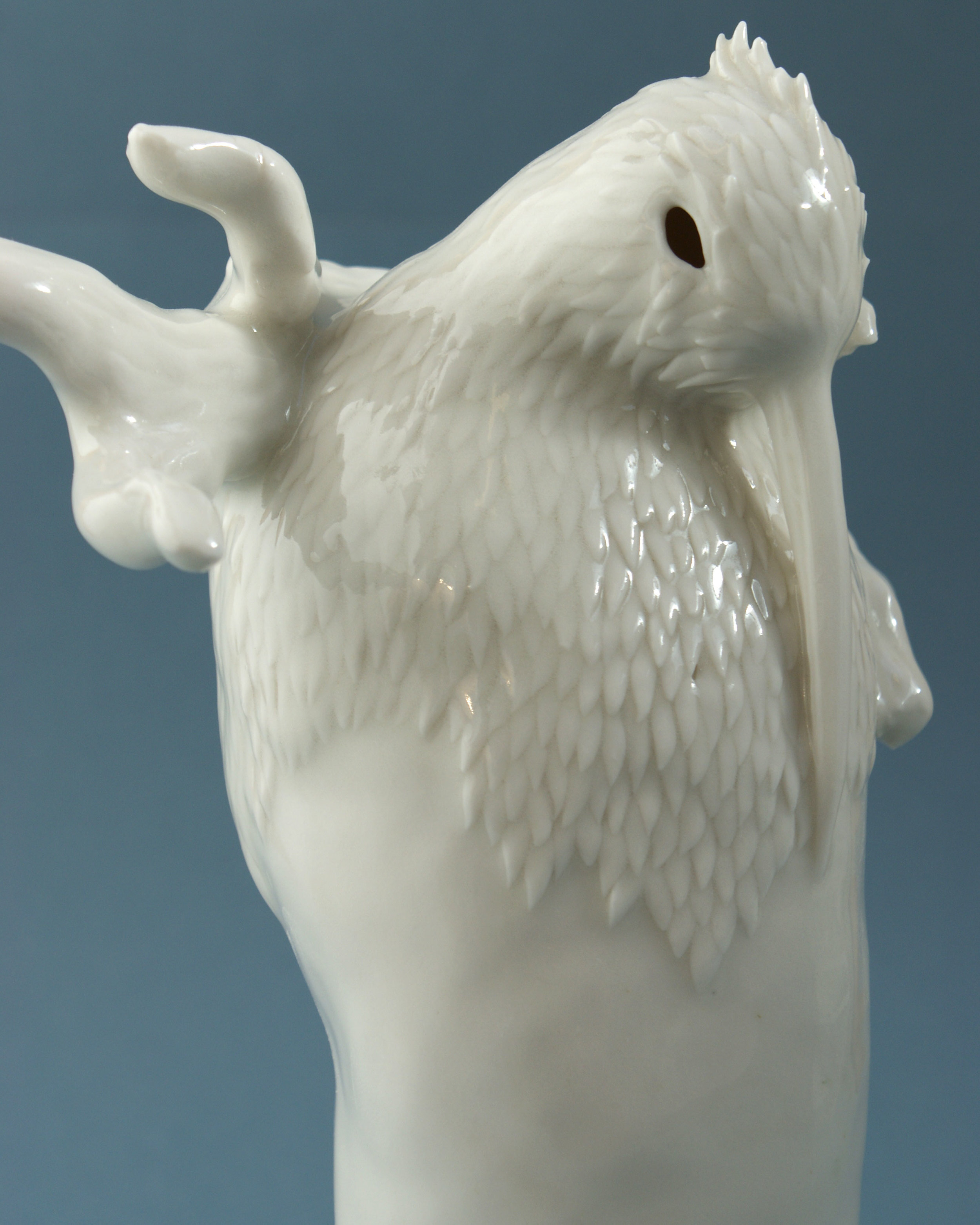 crane-porcelain-animals-myth.jpg