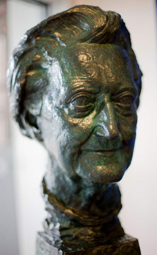 Cicely Saunders sculpture, St Christopher's Hospice. Photograph Nadia Bettega