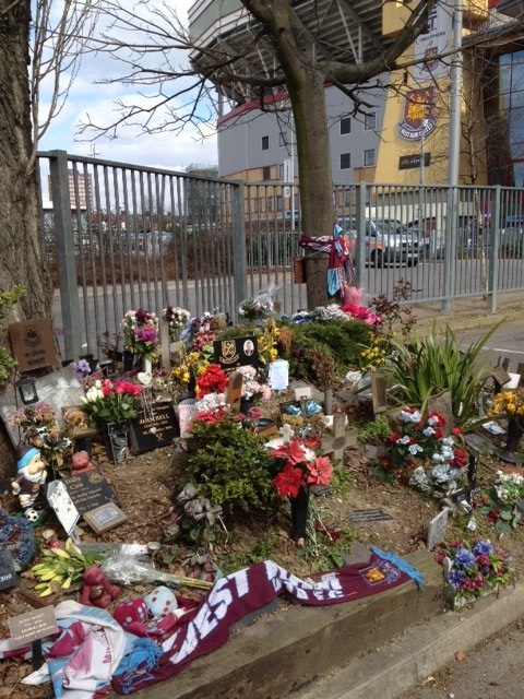 Garden of remembrance, West Ham FC
