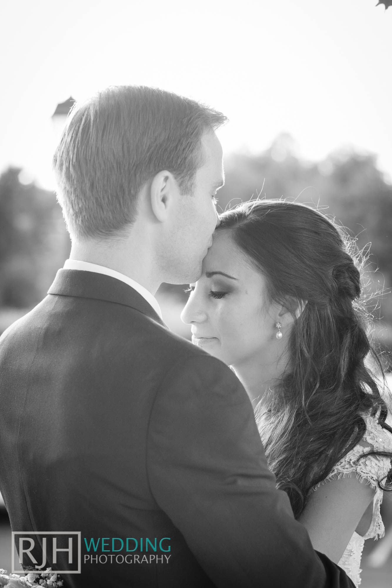 RJH Wedding Photography_Tankersley Manor Wedding_44.jpg
