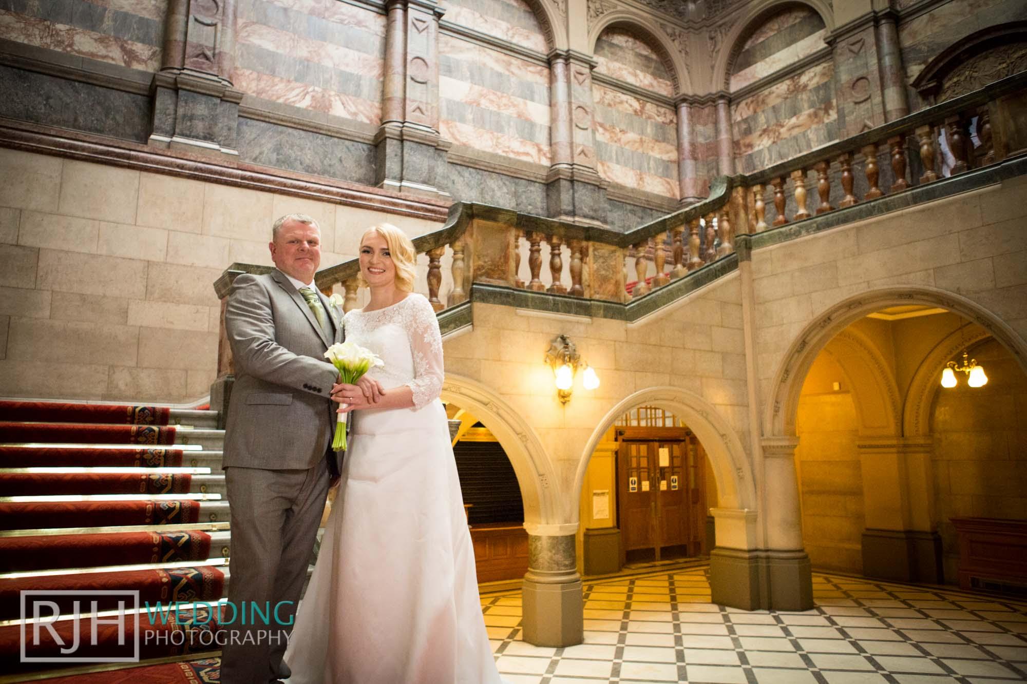 Sheffield City Hall_Ellis Wedding_170_3C2A3390.jpg