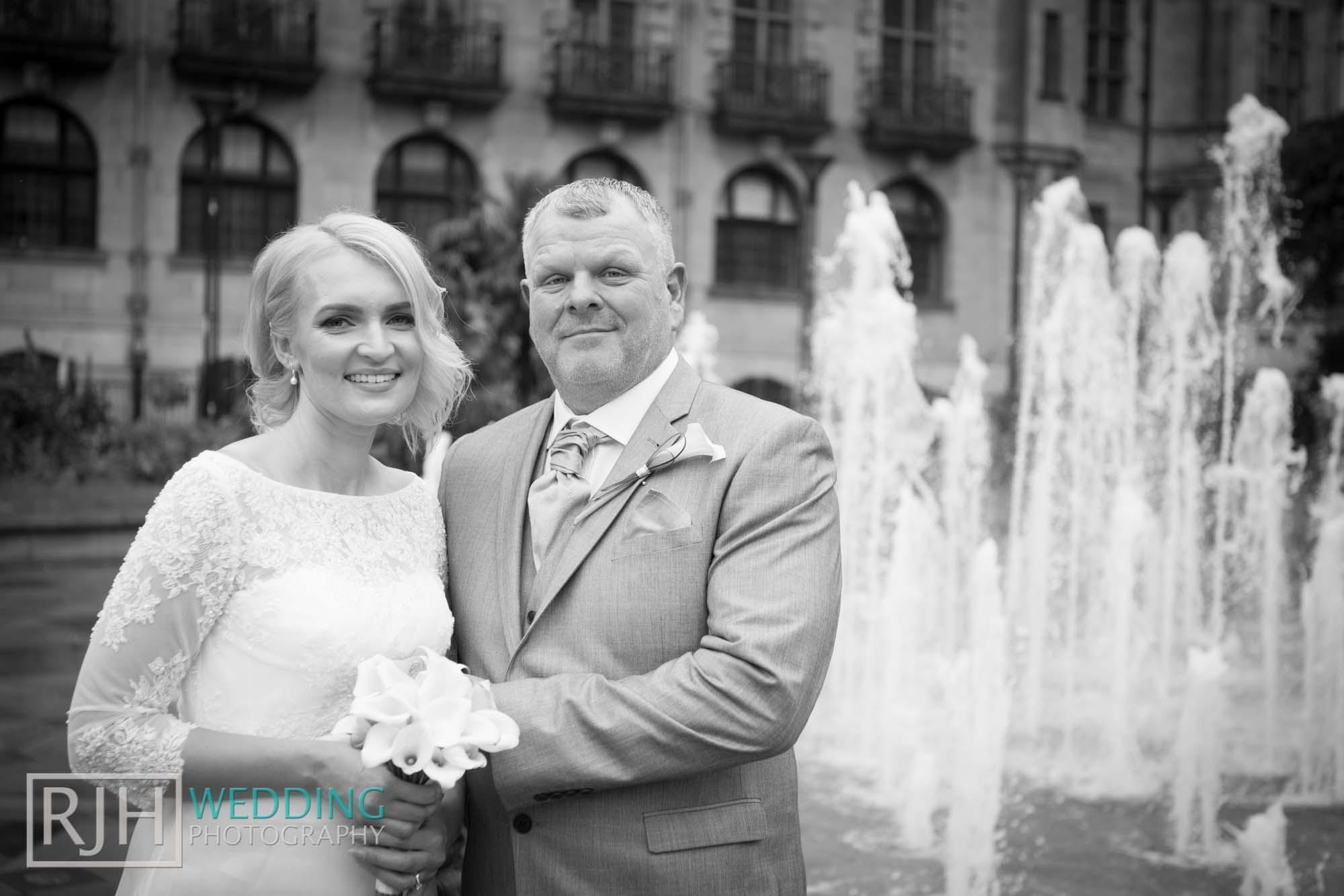 Sheffield City Hall_Ellis Wedding_332_3C2A3739.jpg