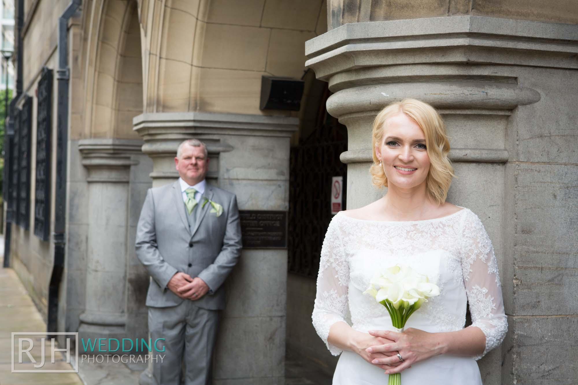 Sheffield City Hall_Ellis Wedding_380_3C2A3873.jpg