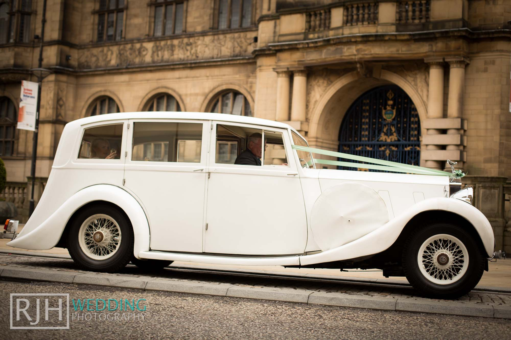 Sheffield City Hall_Ellis Wedding_415_IMG_4693.jpg