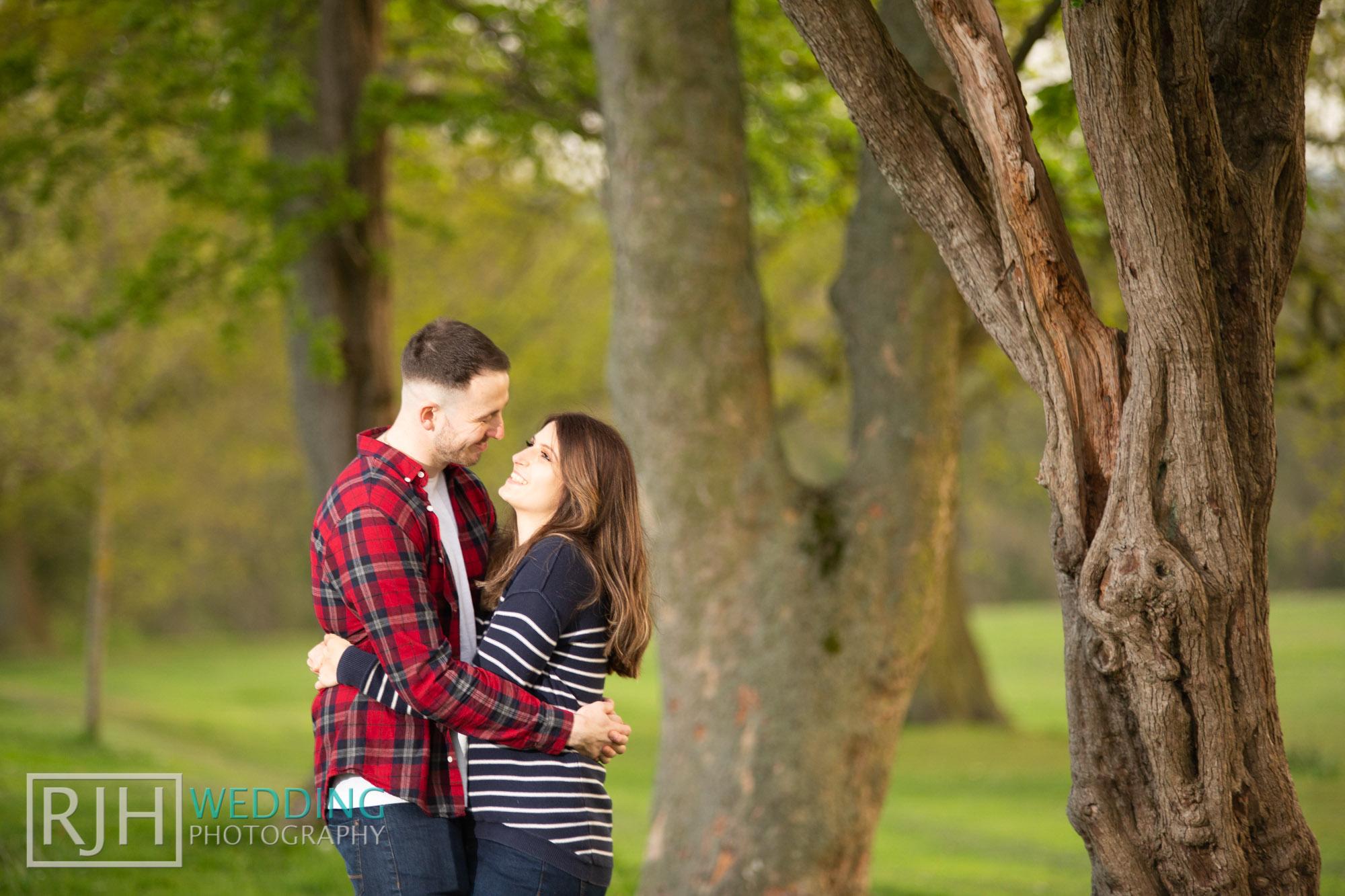 Pre-wedding photography_Abbie & Reece_Graves Park_008_IMG_1231.jpg