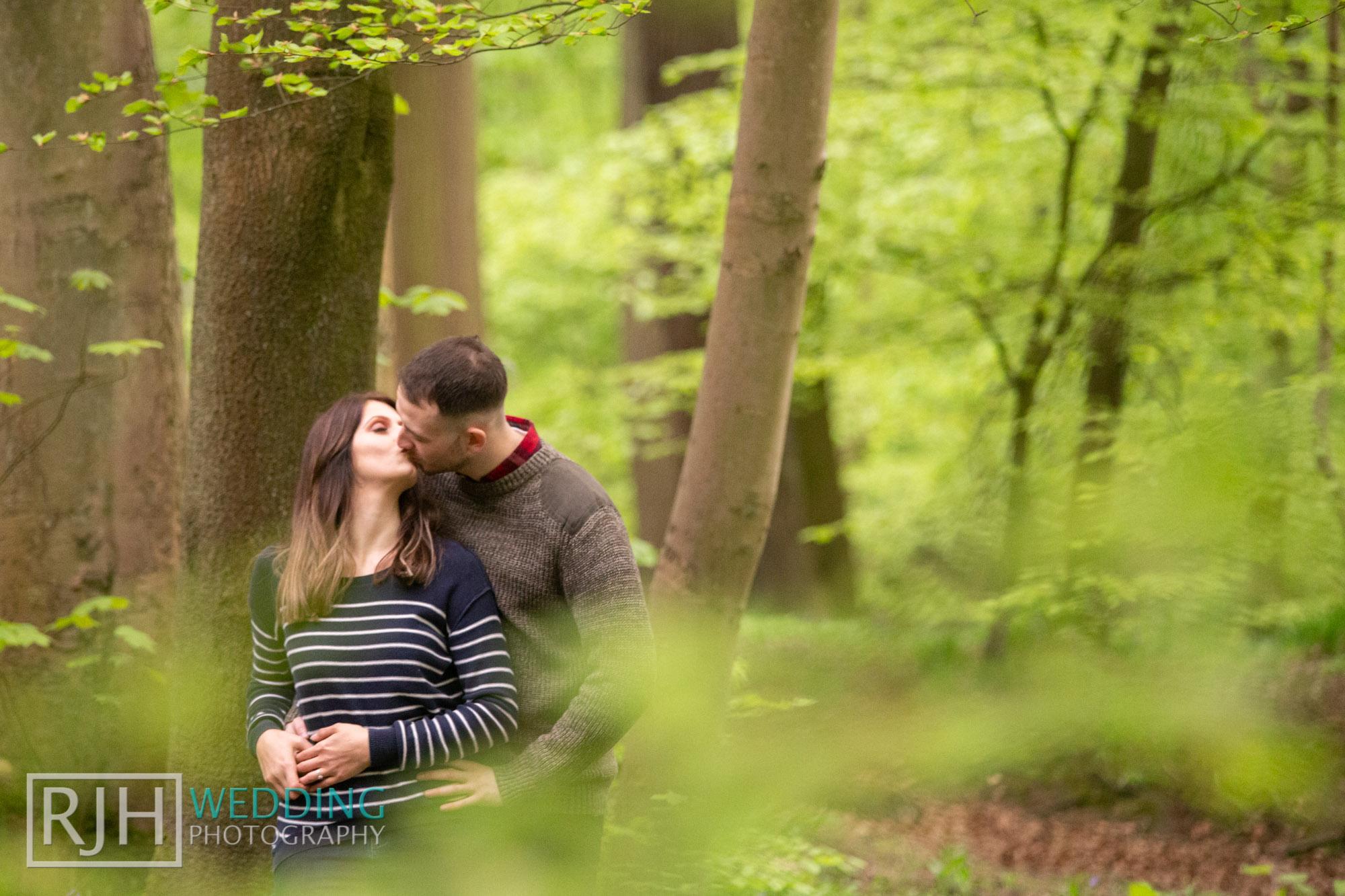 Pre-wedding photography_Abbie & Reece_Graves Park_013_IMG_1282.jpg