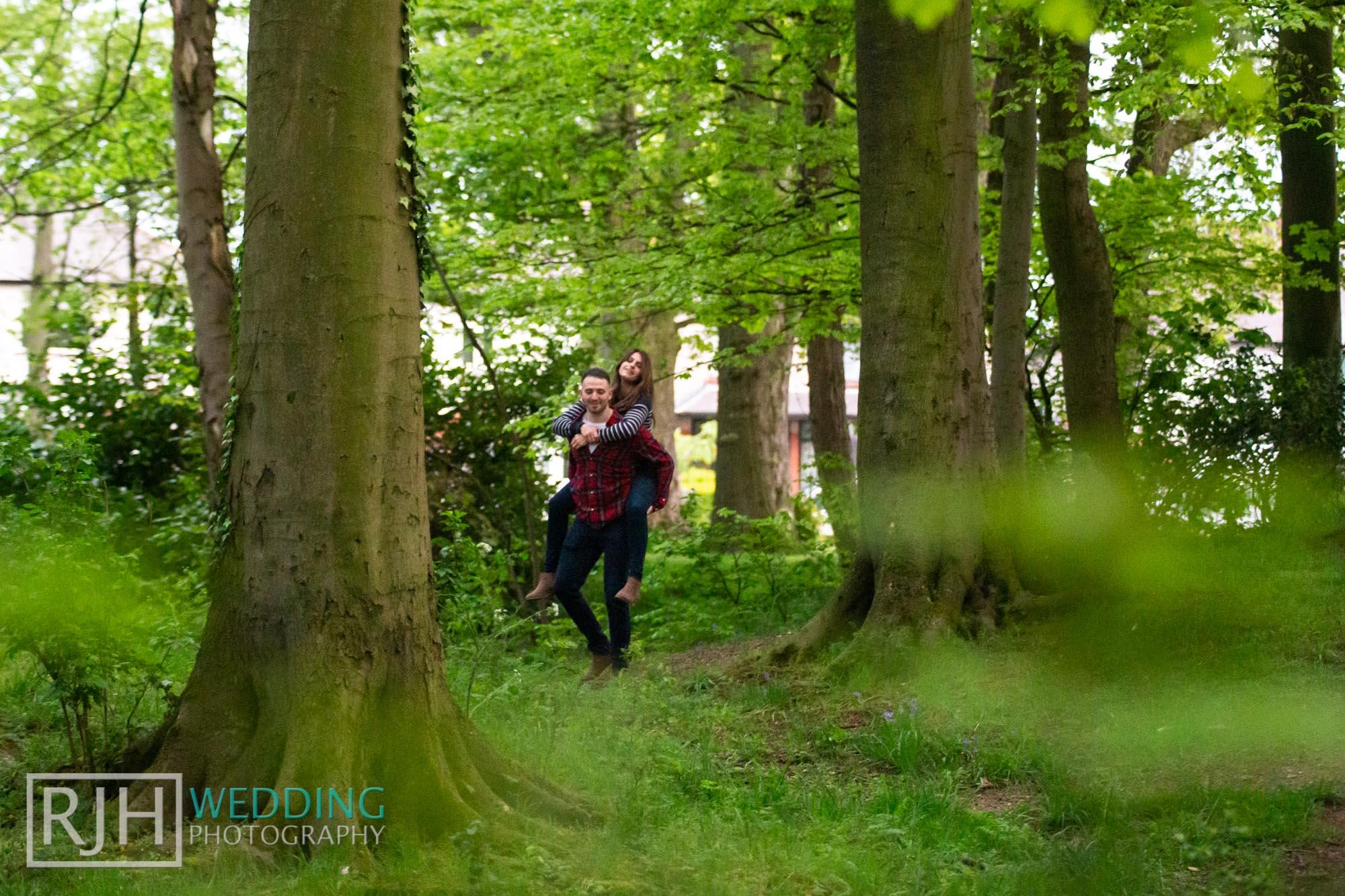 Pre-wedding photography_Abbie & Reece_Graves Park_018_IMG_1334.jpg