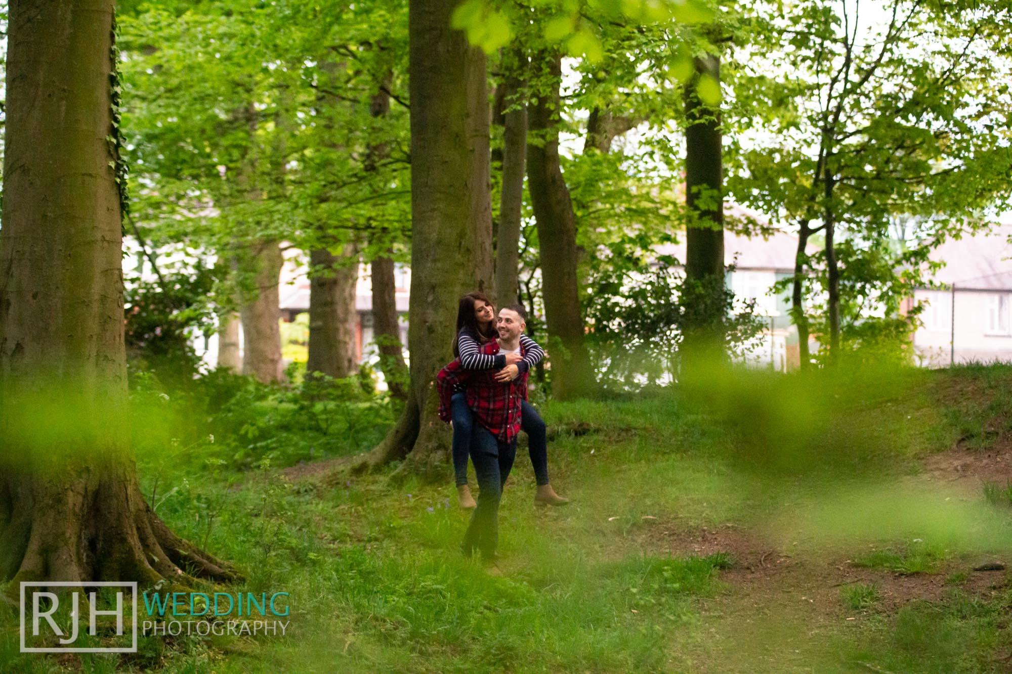 Pre-wedding photography_Abbie & Reece_Graves Park_020_IMG_1343.jpg