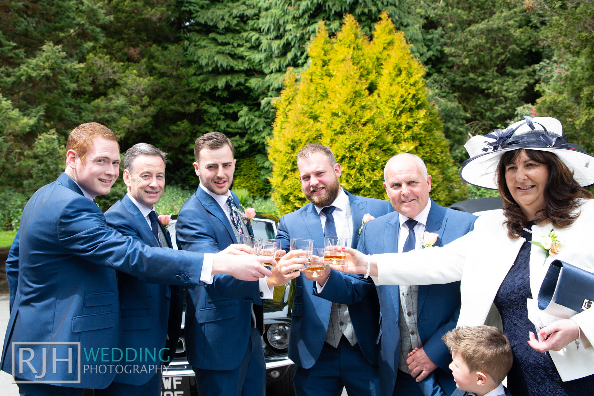Whirlowbrook Hall Wedding Photography_Jack & Lydia_019_3C2A3081.jpg
