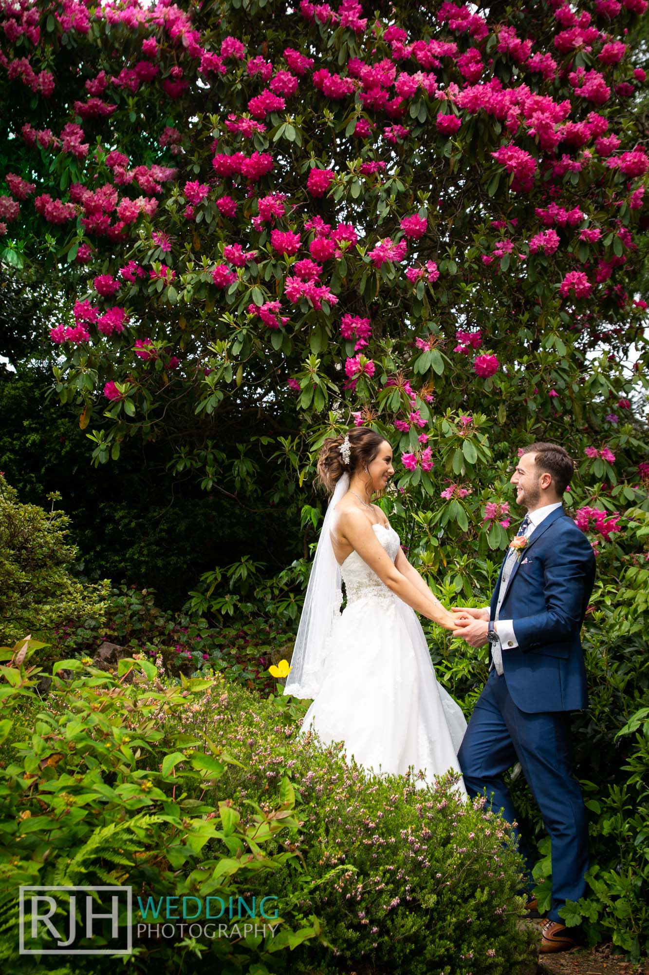 Whirlowbrook Hall Wedding Photography_Jack & Lydia_063_3C2A3399.jpg