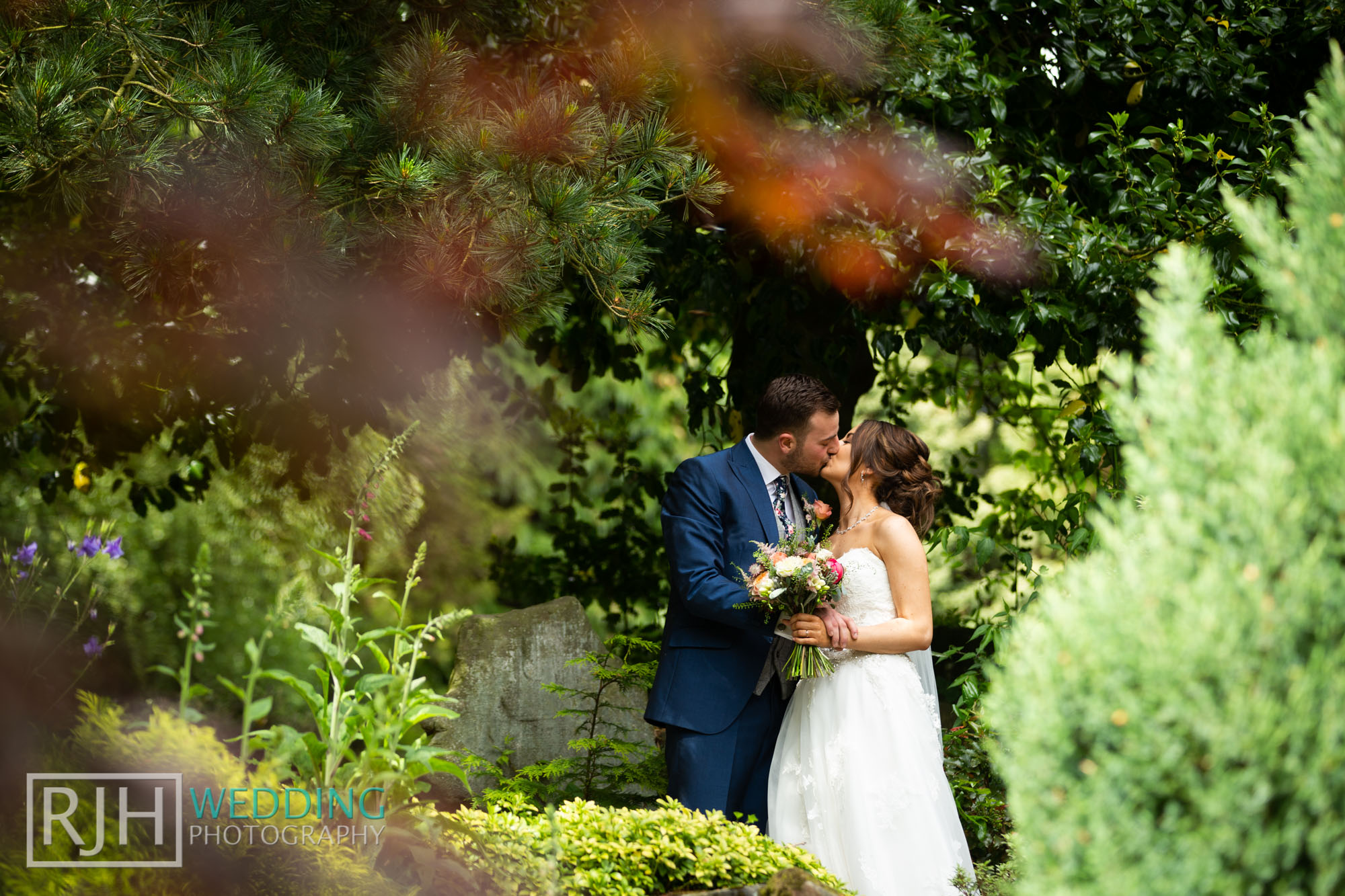 Whirlowbrook Hall Wedding Photography_Jack & Lydia_062_IMG_4415.jpg