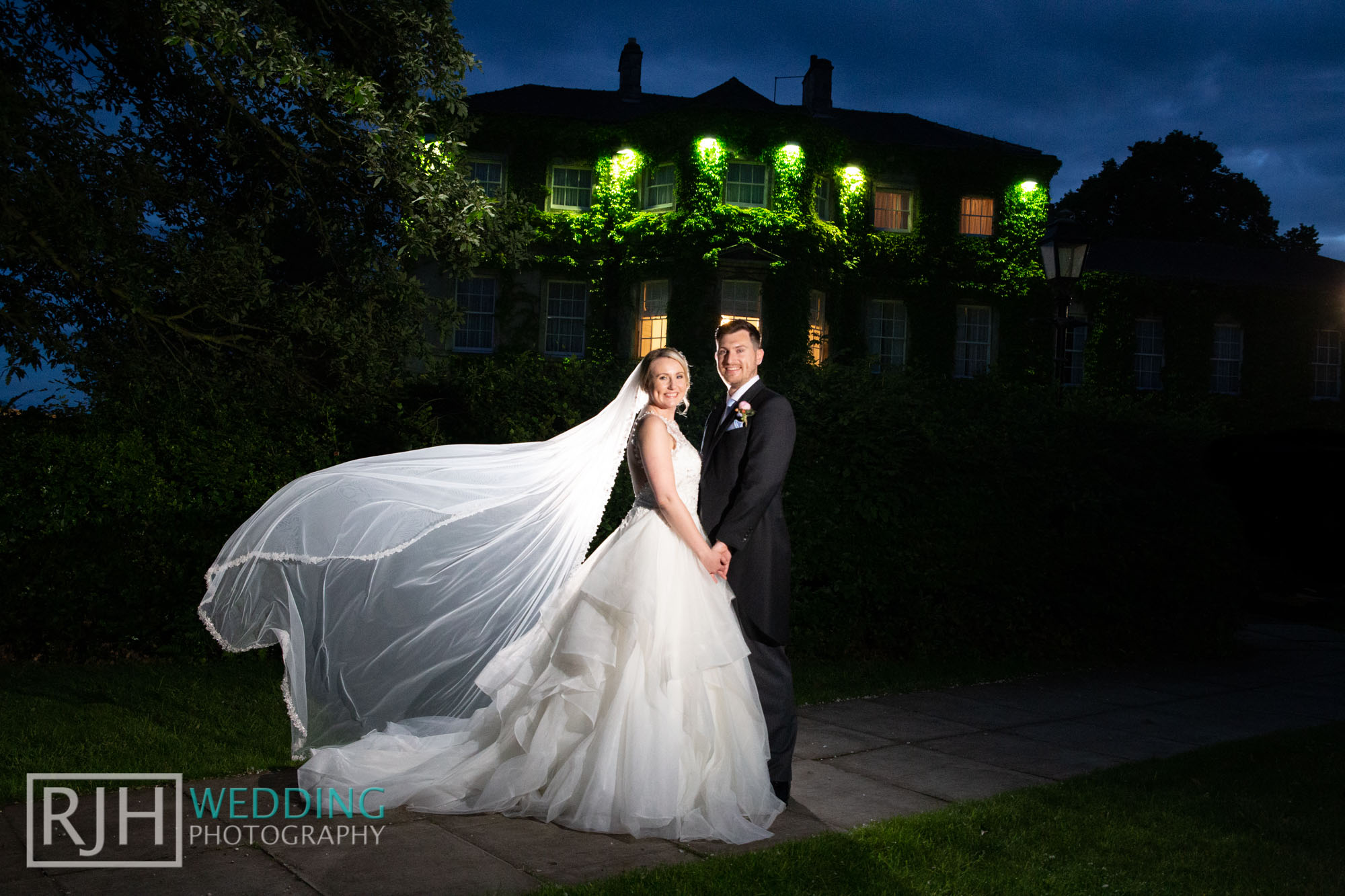 Aston Hall Hotel Wedding Photography_Dowell Wedding_080_IMG_6253.jpg