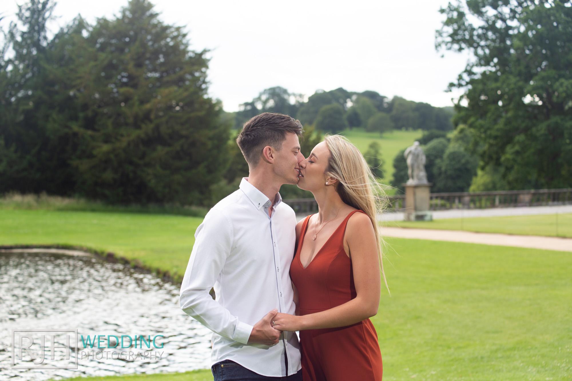 Chatsworth House Wedding Photographer_Glen & Lauren_031_RJH10335.jpg
