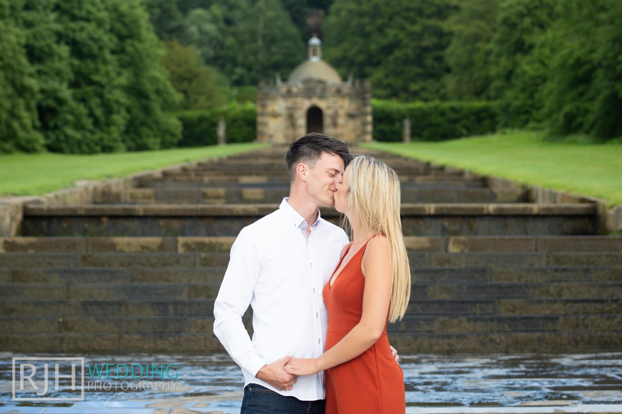 Chatsworth House Wedding Photographer_Glen & Lauren_034_RJH10359.jpg