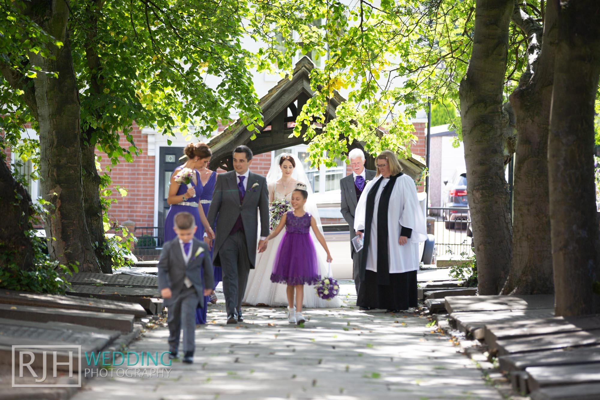 Oulton Hall Wedding Photography_Goodwill-Hall_018_RJH17220.jpg