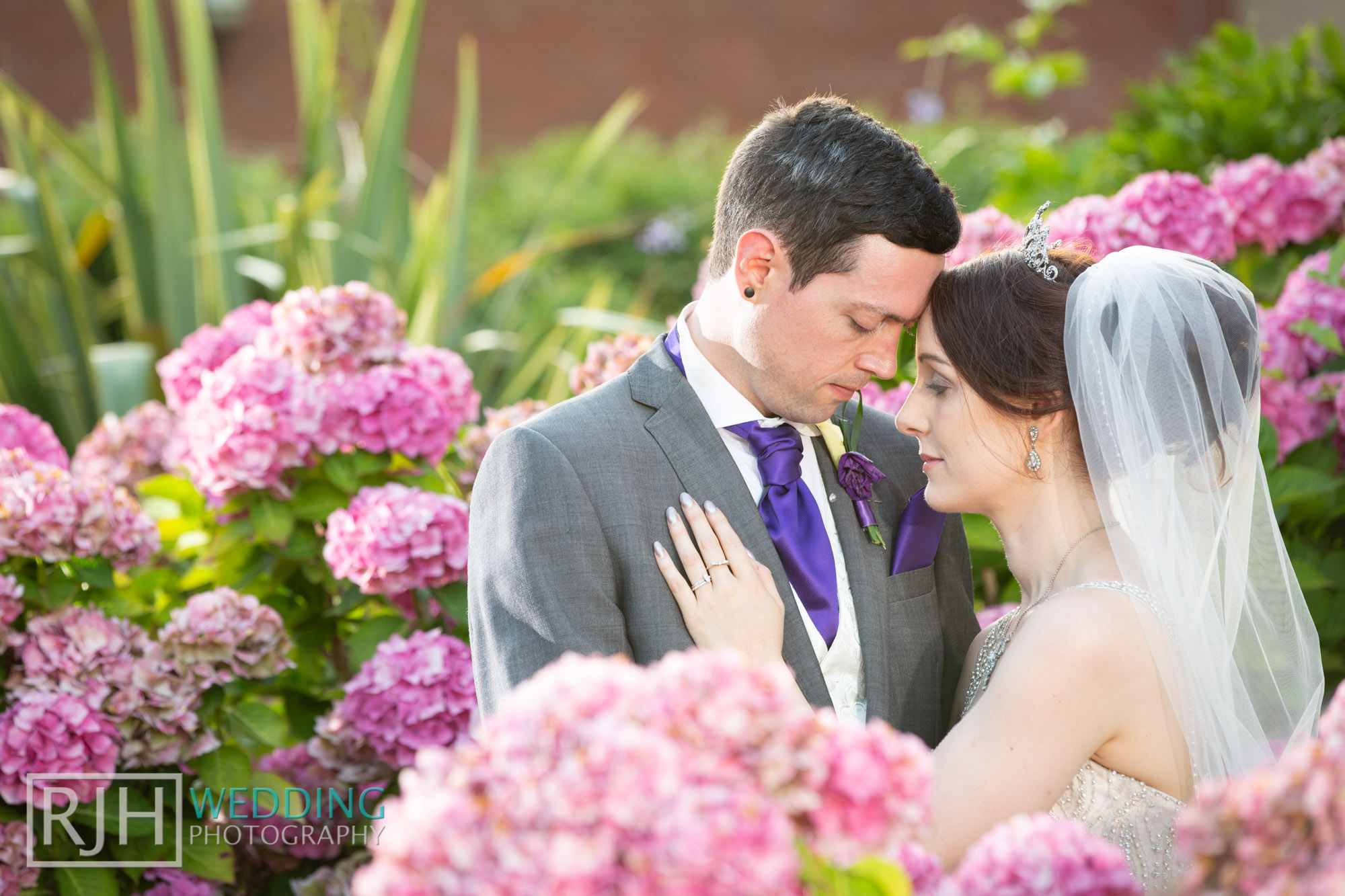 Oulton Hall Wedding Photography_Goodwill-Hall_047_RJH18223.jpg
