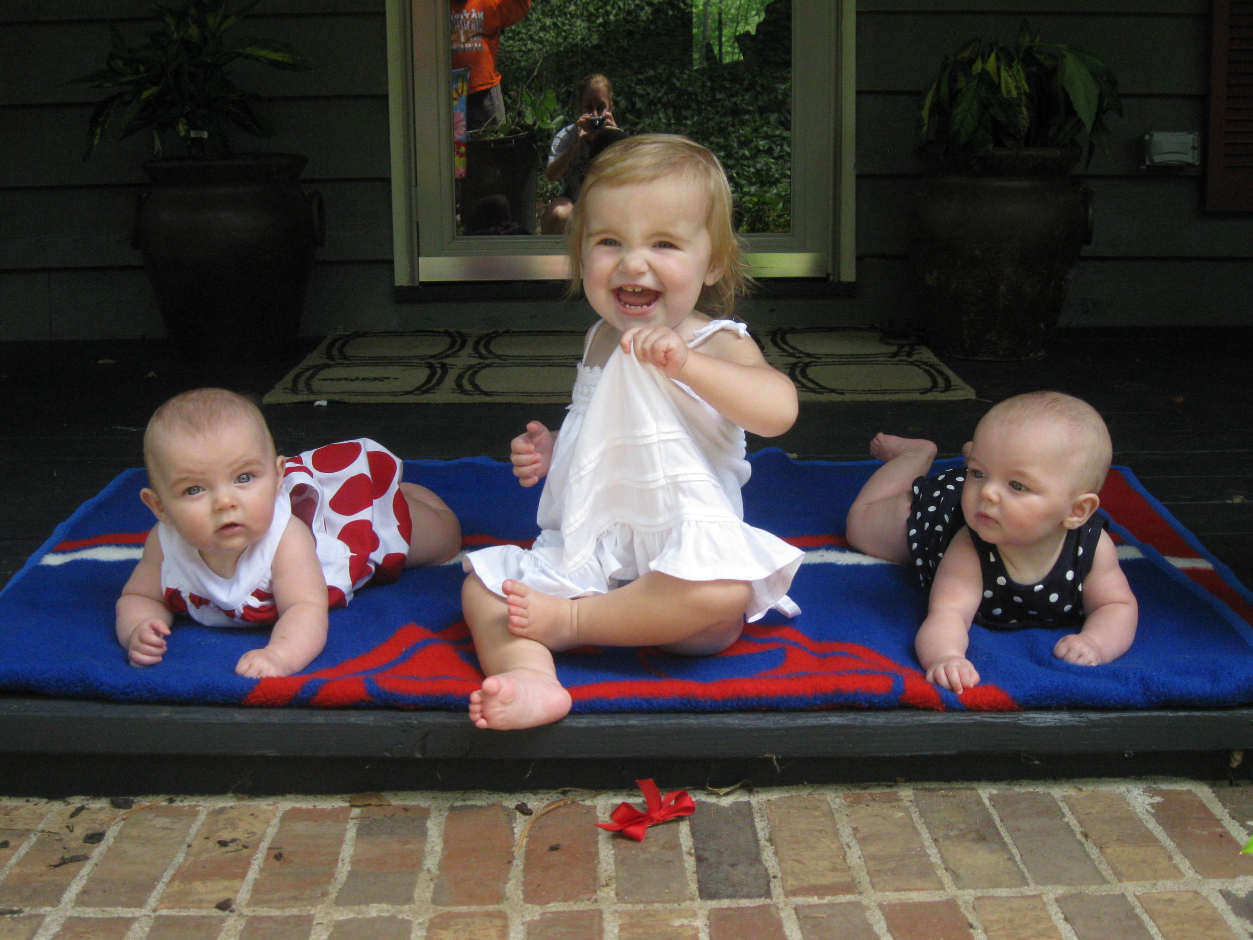 070412_Ella and Avery with Paige 4th of July.JPG