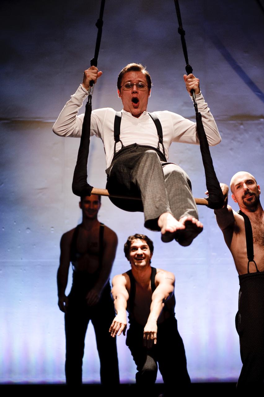 (aloft) Mat Hosteter, Dan Loeser, Khris Lewin