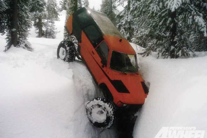 131_1205_01+may_2012_whoops+toyota_4runner_stuck_in_a_ditch.jpg