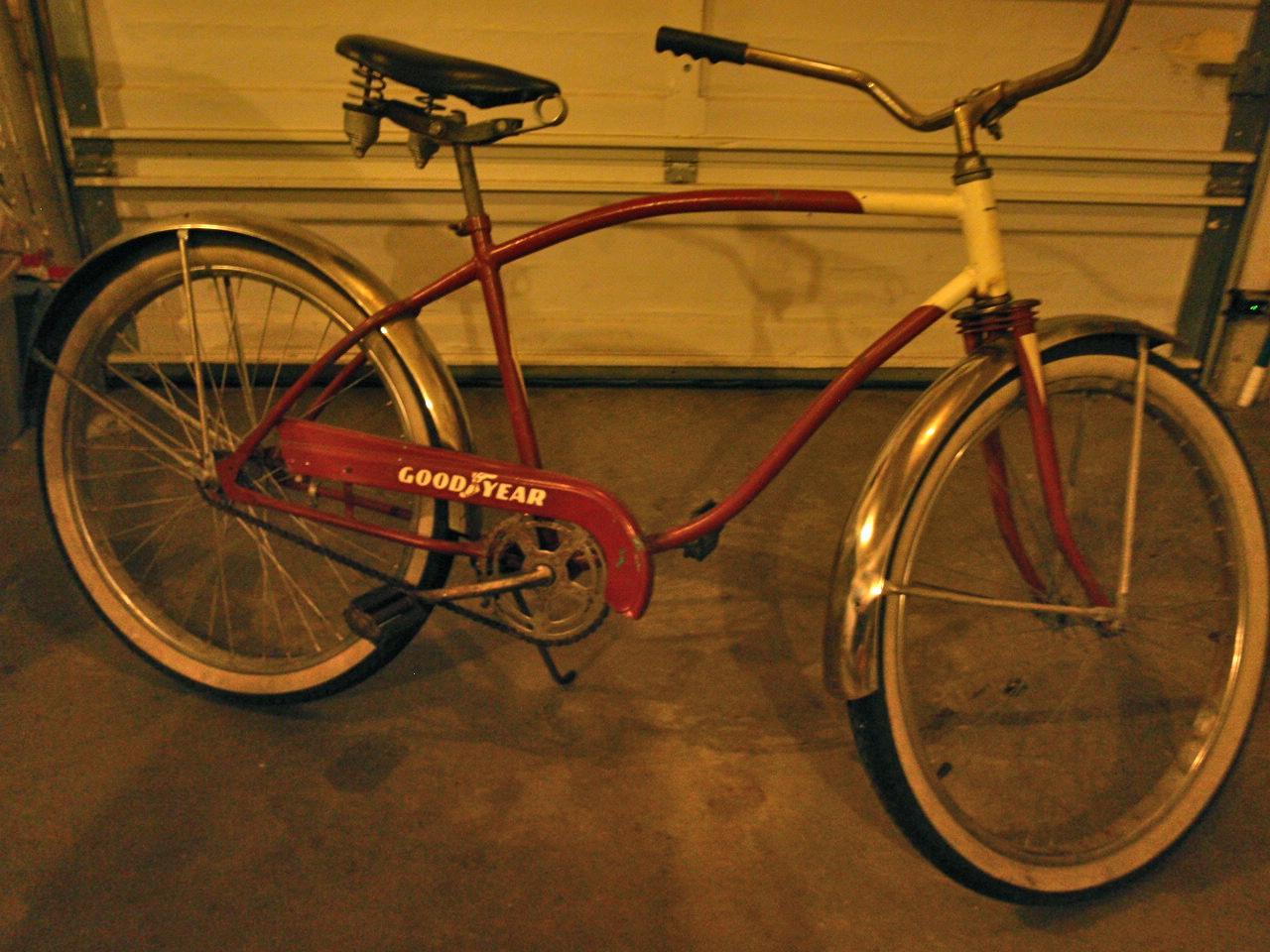 Vintage Men's Bike.JPG