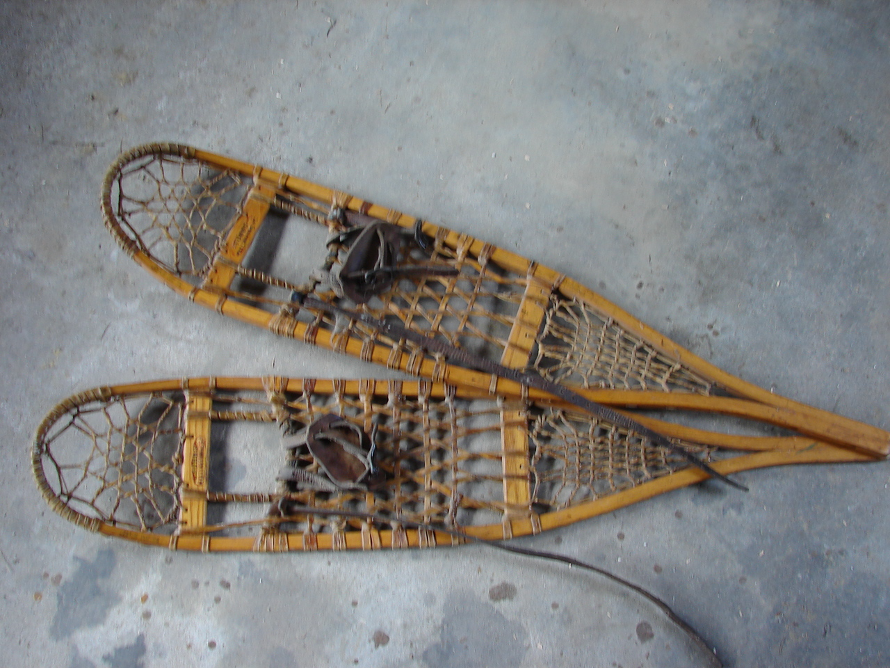 Wood snow shoes-sm.jpg
