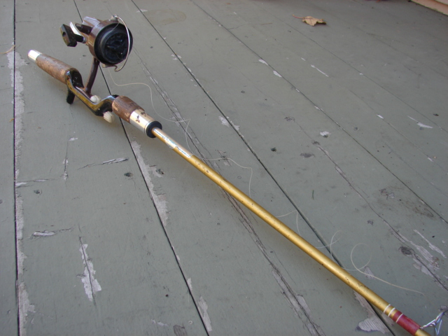 Vintg Fishing Pole 2.JPG