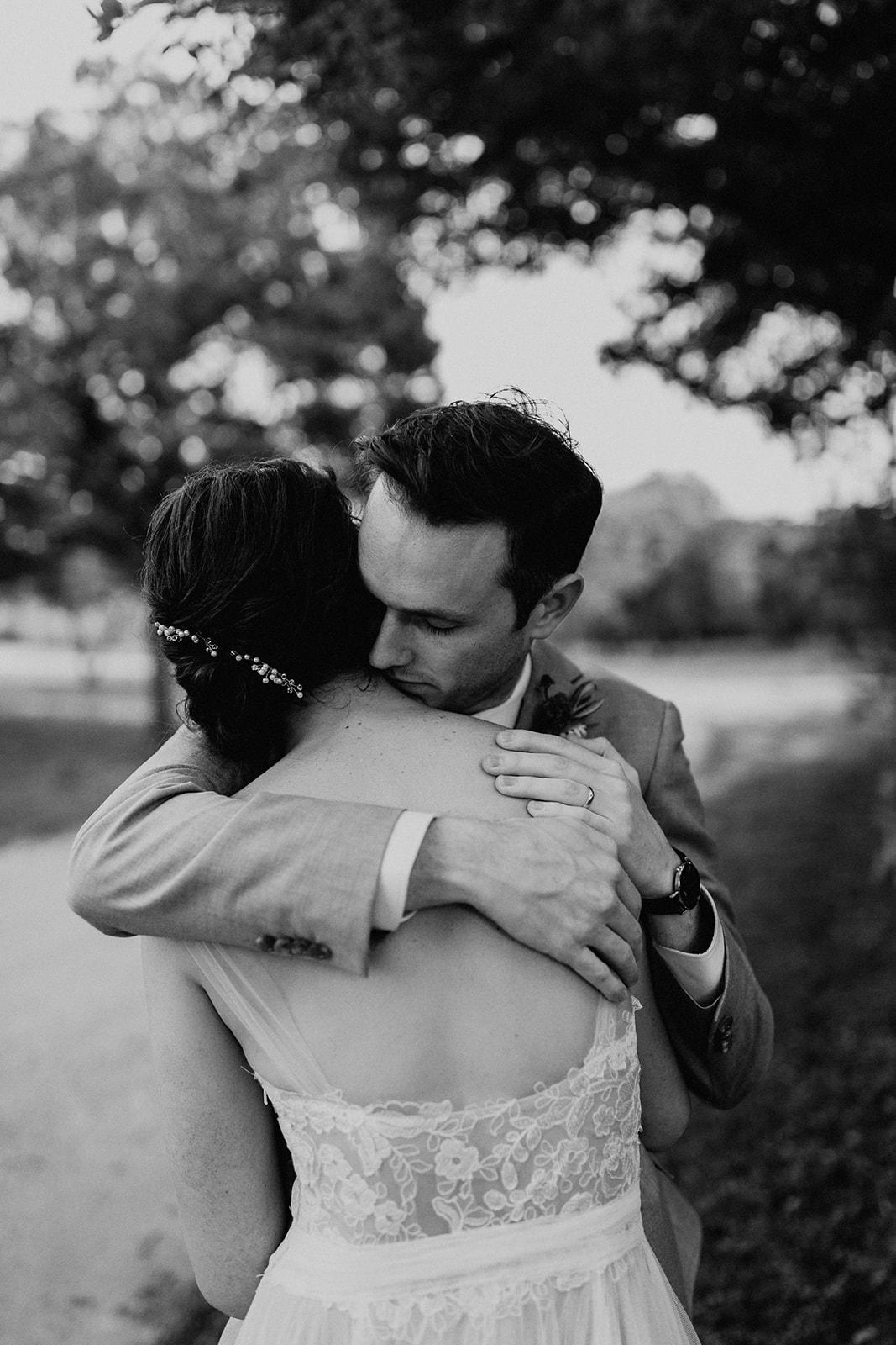 austin-wedding-lindsey-bryce-556.jpg