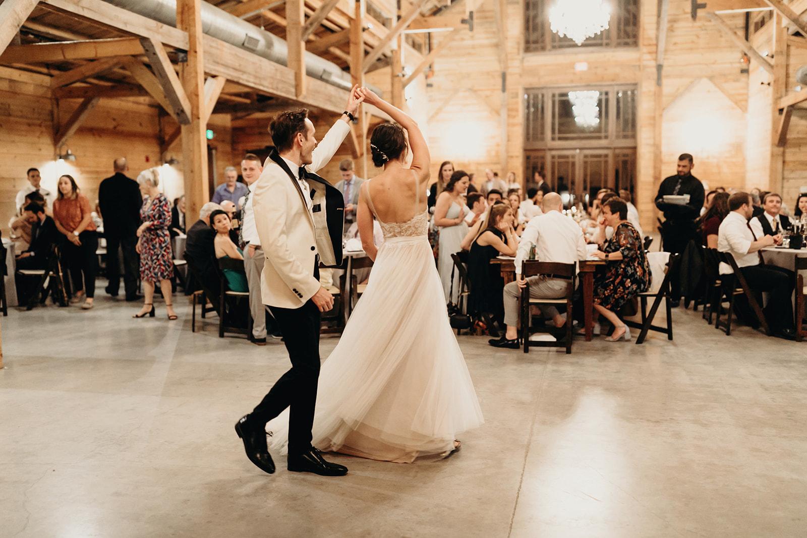 austin-wedding-lindsey-bryce-760.jpg