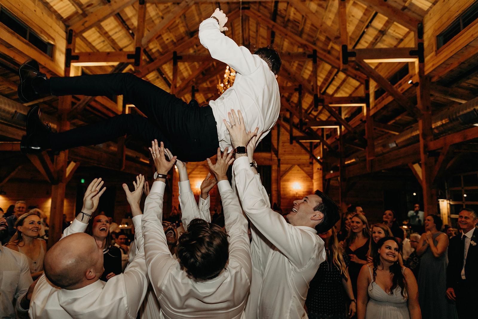 austin-wedding-lindsey-bryce-1015.jpg
