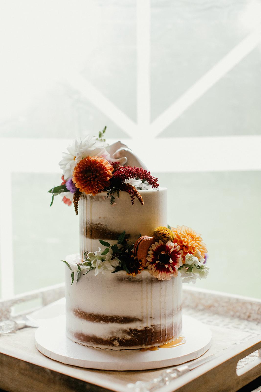 wedding cake inspiration with flowers