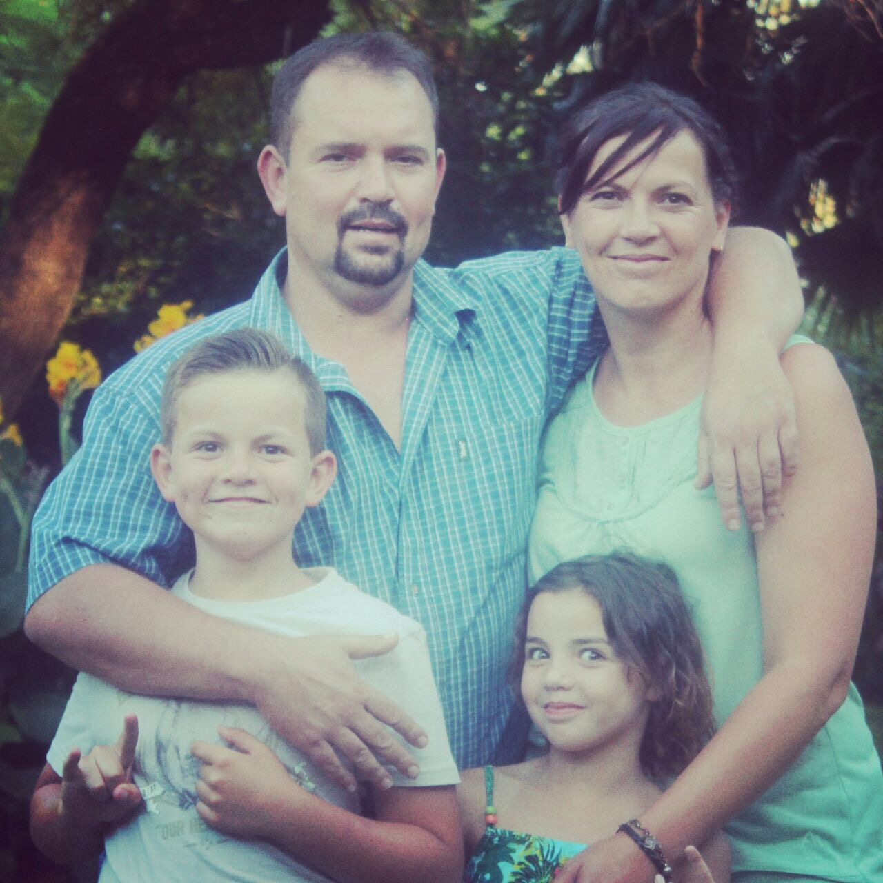 The Labuschagne Family - Front: Dewald (11), Mariska (9)                                    Back: Emile and Vicky