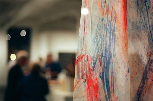I love playing with fabrics that allow light to pass through.  ______________________________________________________ #transparent #colorstudy #splashofcolor #handpaintedsilk #organza #paintedorganza