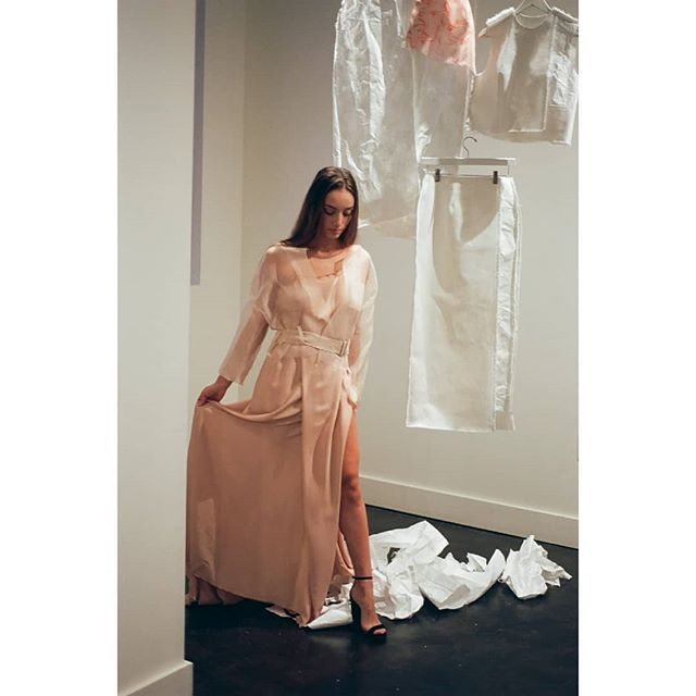 Shear drapes and paper construction.  ________________________________________ #silkdrape #silk #shearsilk #paperconstruction #paperfashion #fashionshoot #fashioninspiration