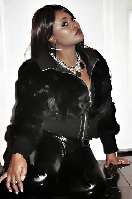 "Model: Mary Lawnson  Photographer: Crystal 'LoVi"" Carpenter & John Carter  Hair & Makeup Stylist: Mary Lawnson  Wardrobe Stylist: Crystal ""LoVi"" Carpenter  ©The LoloVivi Network"