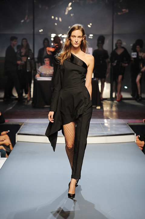 Jean-Paul-Gaultier-Spring-2014-Collection-35.jpg