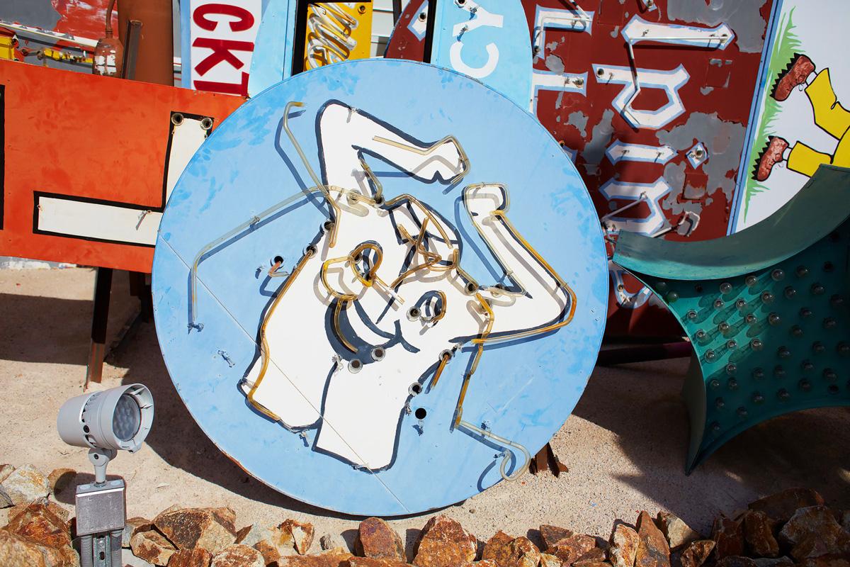 neon-boneyard-las-vegas-matthew-pull-14.jpg