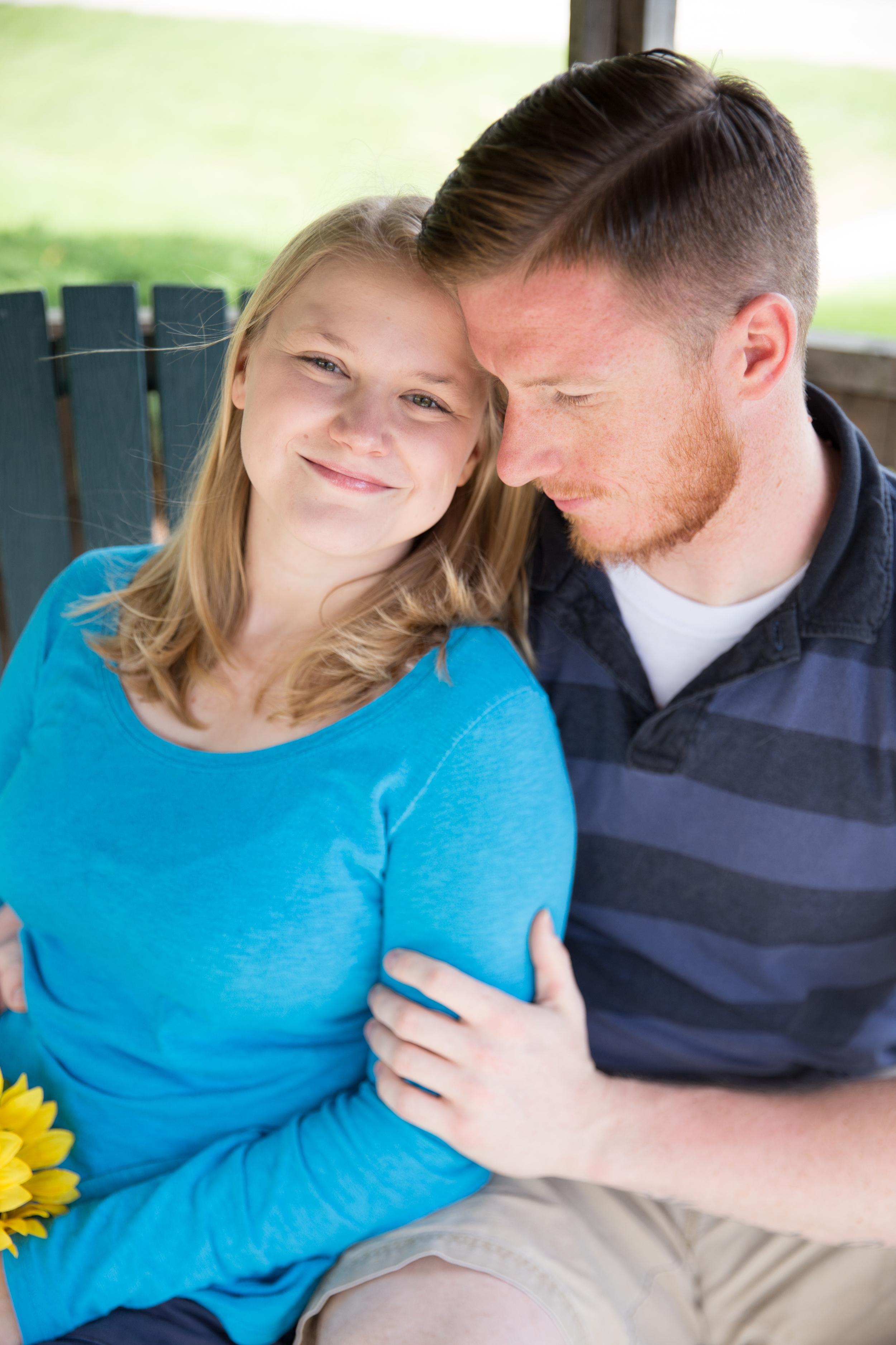 Appleton Wisconsin Engagement Photos - Whit Meza Photography