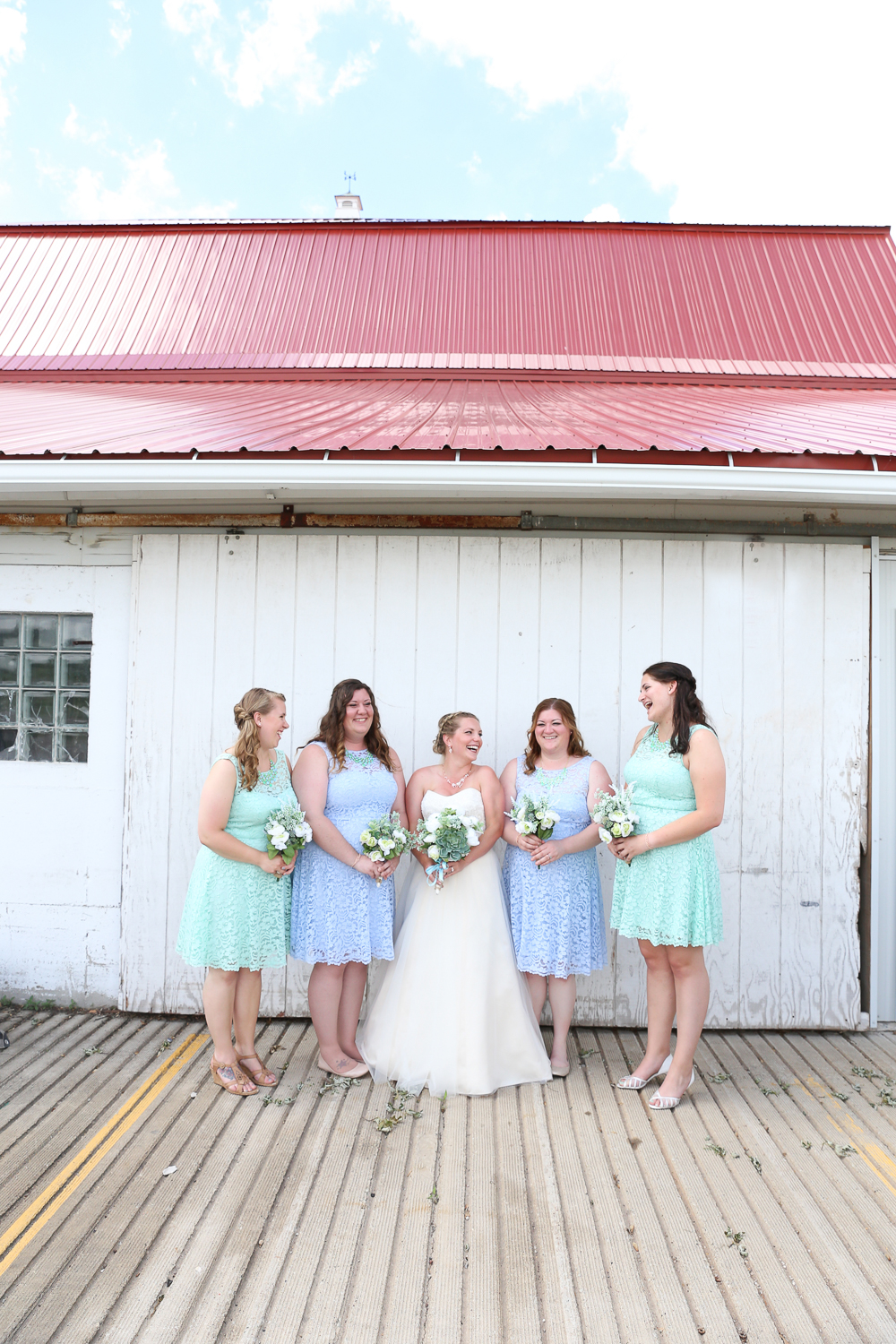 Barn Wedding in Wisconsin at Simply Country Barn in Freedom - Whit Meza Photography