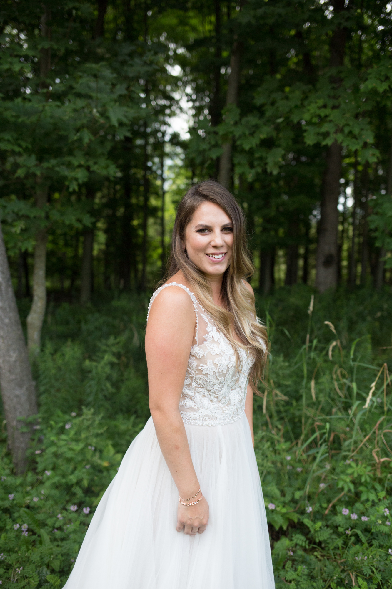 Woodfire Lodge Brillion Wedding Whit Meza Photography_15.jpg