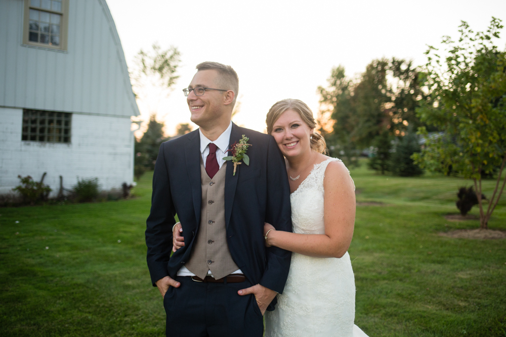 Barn+Wedding+in+Appleton+Wisconsin+-+Simply+Country+Barn+Wedding+-+Whit+Meza+Photography.jpg