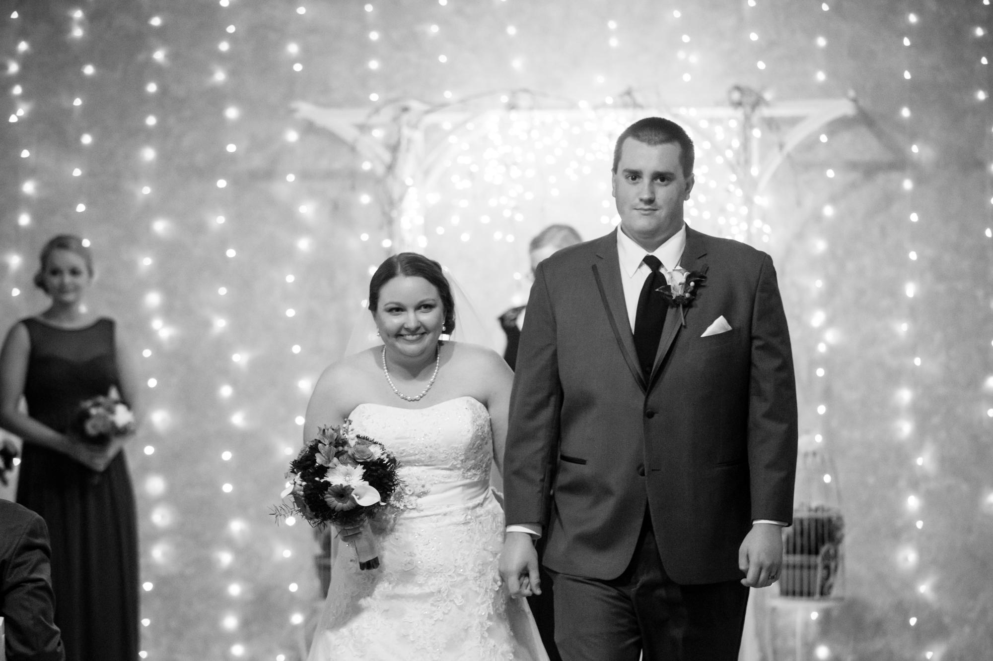 Fox Hills Resort Wedding Mishicot Wisconsin - Green Bay Wedding Photographer - Whit Meza Photography