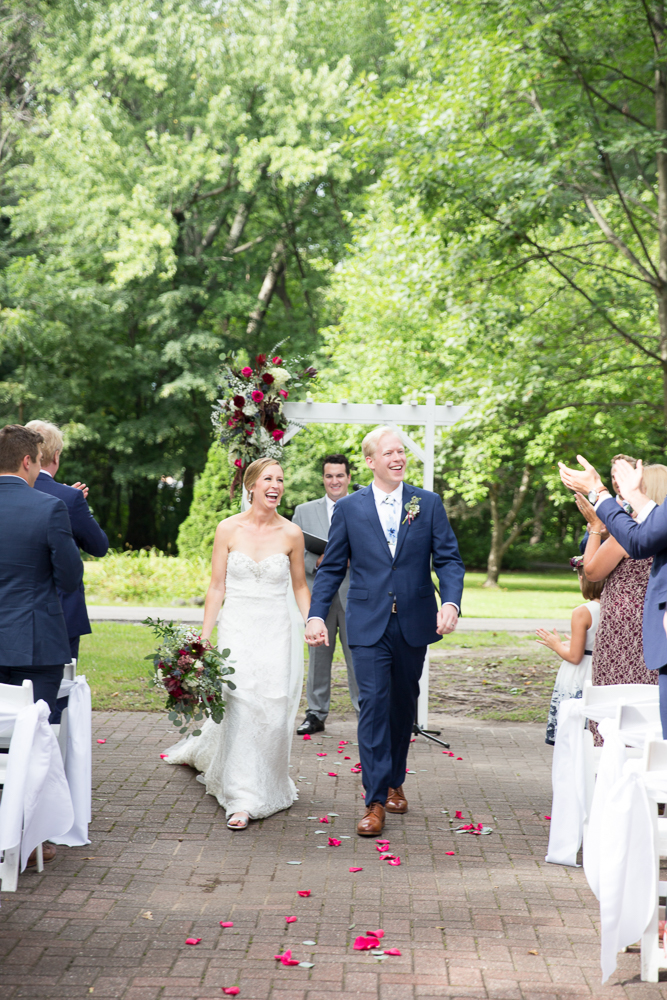 Green Lake Wisconsin Wedding at Heidel House Resort & Spa - Whit Meza Photography