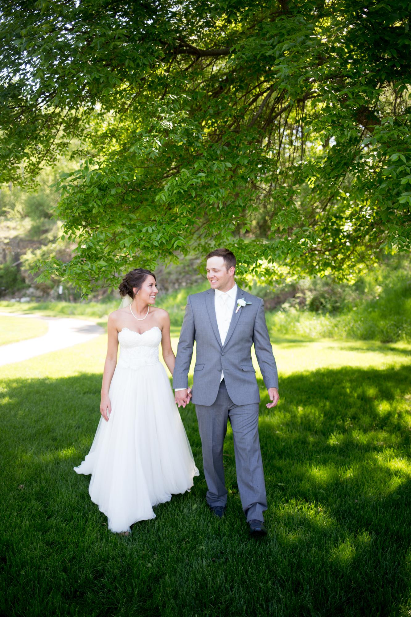 Royal Ridges Wedding Ripon Wisconsin 25.jpg