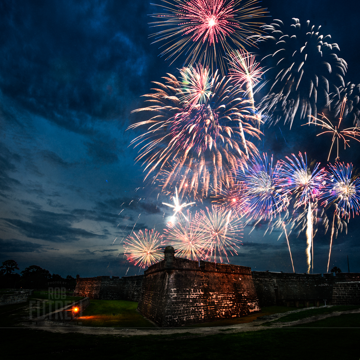 4th of July fireworks over the Castillo De San Marcos in St. Augustine, FL.