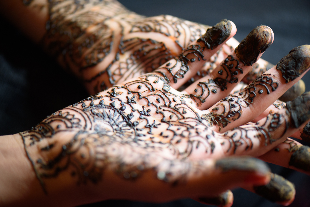 indian-bride-wedding-mehndi-henna