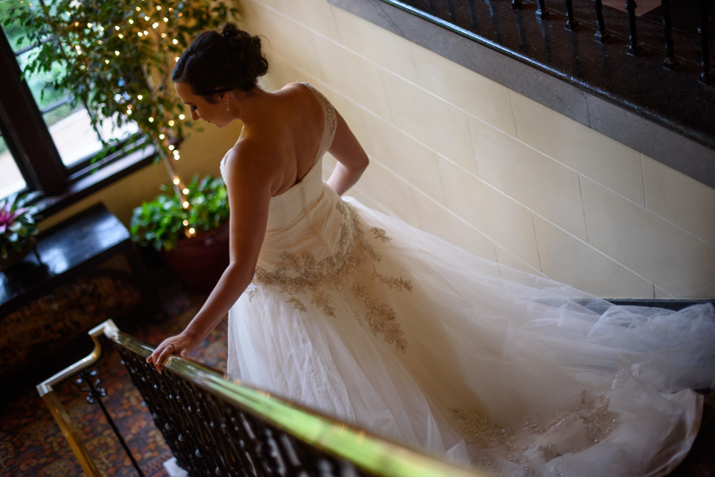 bridal-session-epping-forest-stairs