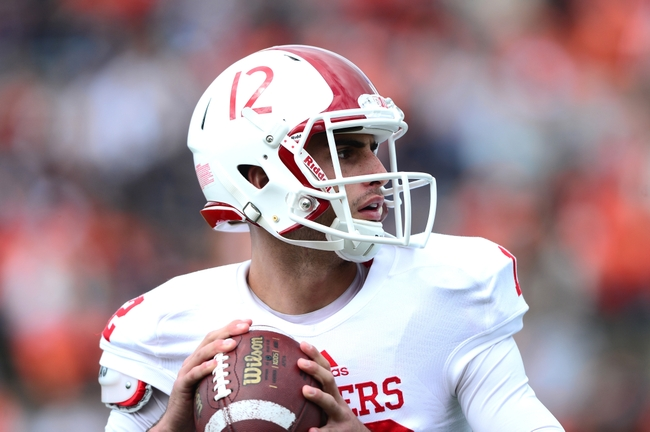 Freshmen Zander Diamont and Chris Covington will try and fill the shoes of Nate Sudfeld. Image Source: USAToday Sports.