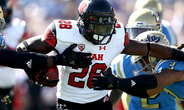 Joe Williams (28) retired mid-season and then came back to run for over 1,000 yards. Image: Thecomeback.com