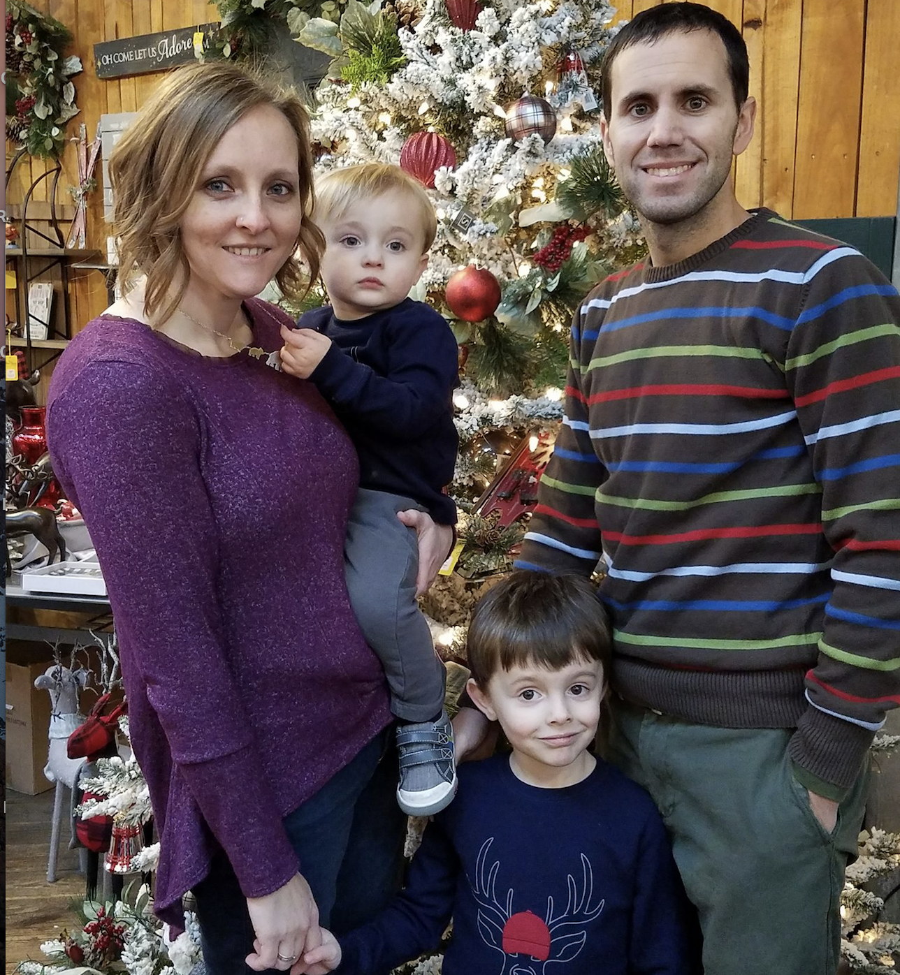 - TJ Inman - TJ, a native of Indiana, is a lifelong IU fan and a 2010 graduate of the IU School of Journalism. He joined Hoosier Huddle in January 2015 and currently resides in Noblesville, IN with his wife and young son.